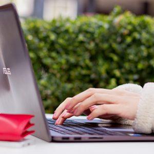 Asus_Laptop_lifestyle_19